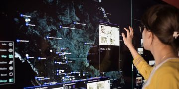 How to use the interactive wall: a guide to the technology at the Centre